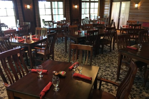 https://www.brasstownvalley.com/wp-content/uploads/2014/09/Dining-Room.jpg