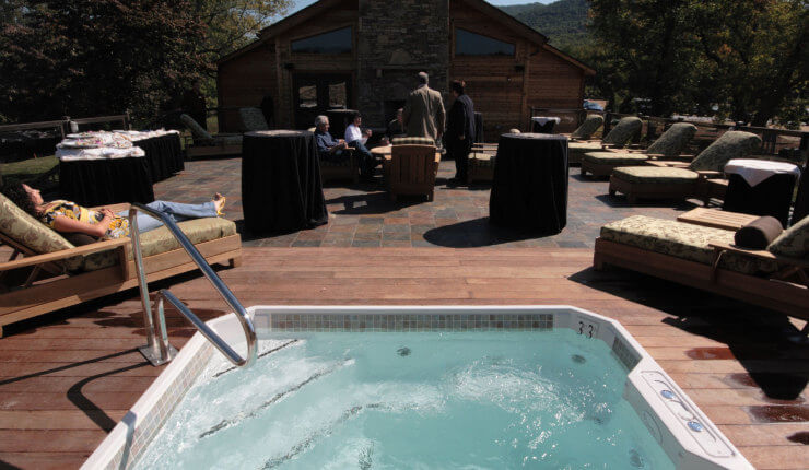 brasstown valley spa outside tub