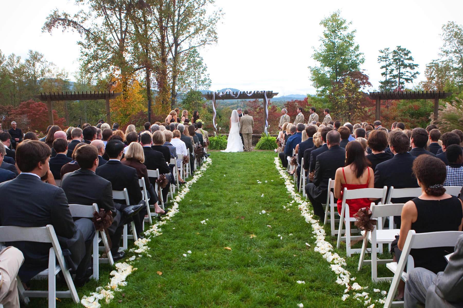 Brasstown Valley Weddings Wedding Venues Waterfall Lawn